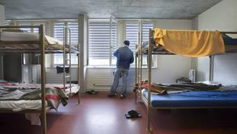 Eine Unterkunft für Asylbewerber wurde in Nebikon mutmasslich angezündet (Symbolbild)