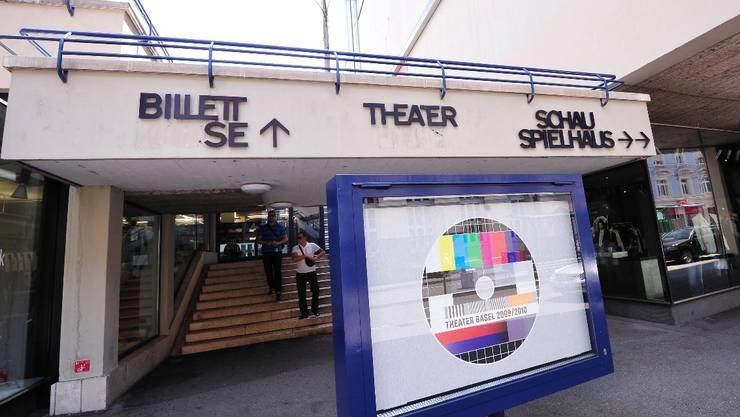 Regierung will mehr Geld fürs Theater