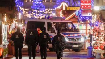 Weihnachtsmarkt in Potsdam wegen verdächtigem Gegenstand abgesperrt