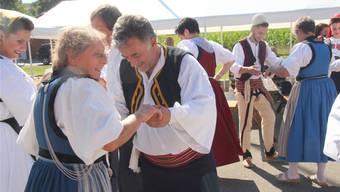 In Burg ist jeder dritte Einwohner Ausländer. Die Gemeinde stellt sich der Herausforderung: Im Sommer stand das Dorffest ganz im Zeichen der Integration. (Archiv)