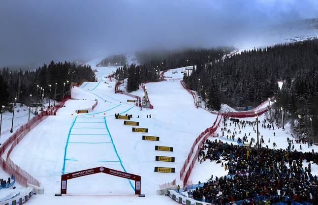 epa07354916 General view of the slope prior to the Men's Downhill race at the FIS Alpine Skiing World Championships in Are, Sweden, 09 February 2019. The start of the race is postponed due to fog. EPA/VALDRIN XHEMAJ