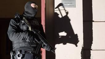 Auch Schweizer Polizeibeamte sind besorgt über die steigende Terrorgefahr in Europa. (Symbolbild)