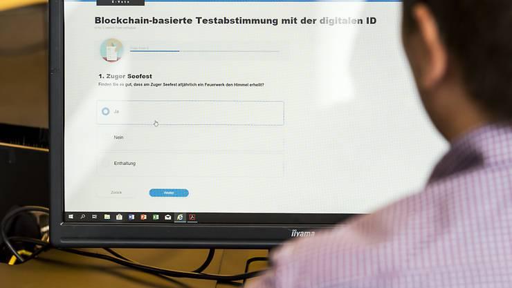 Gemeinden und Städte müssen laufend IT-Dienstleistungen einkaufen, beispielsweise für E-Voting-Systeme. (Archiv-Bild).