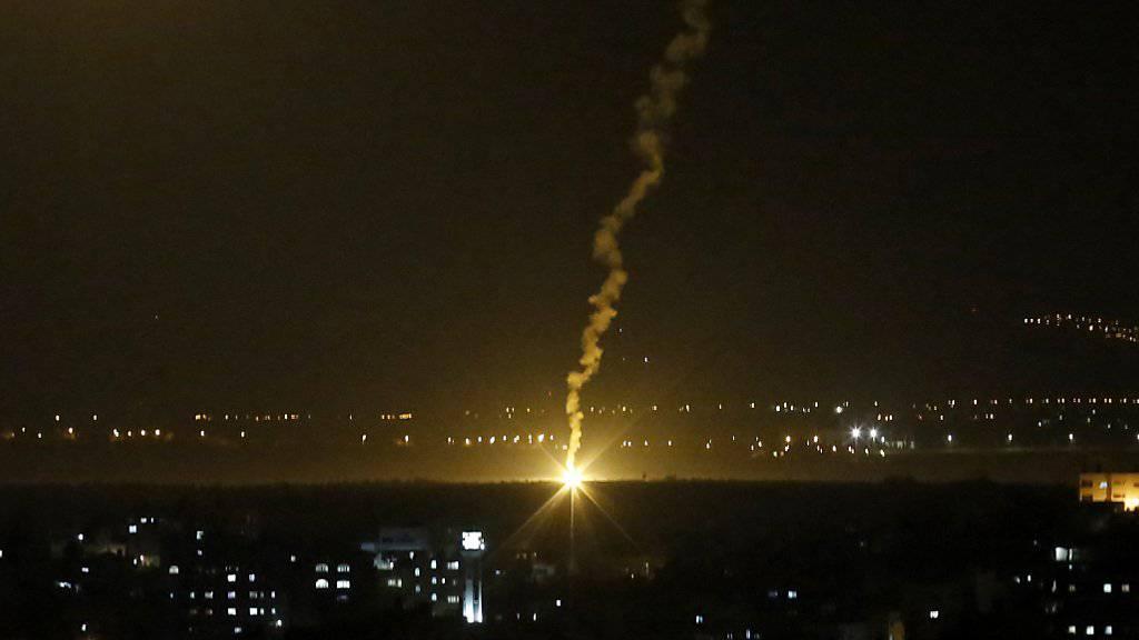 Bei dem Raketeneinschlag in Israel wurden mehrere Menschen verletzt. (Symbolbild)