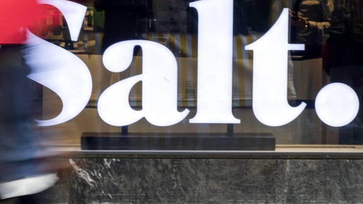 Der drittgrösste Schweizer Mobilfunkanbieter Salt hat im ersten Quartal 2019 weniger verdient. (Archivbild)