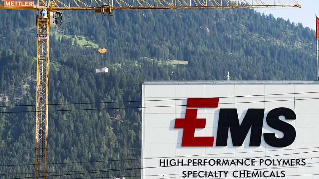 Ems-Chemie steigert Umsatz zum Jahresauftakt klar