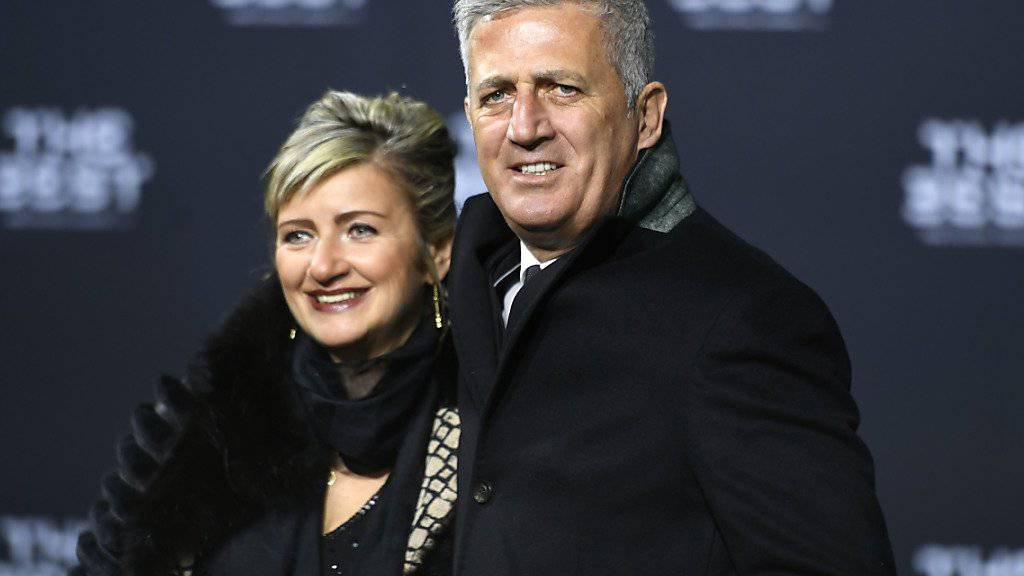 Nationalcoach Vladimir Petkovic (hier mit Ehefrau Ljiljana) sieht positiv in die Zukunft