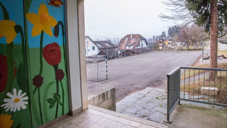 Kantonsgericht hebt Kündigung der Schulhauswartin auf – das kommt die Gemeinde teuer zu stehen.