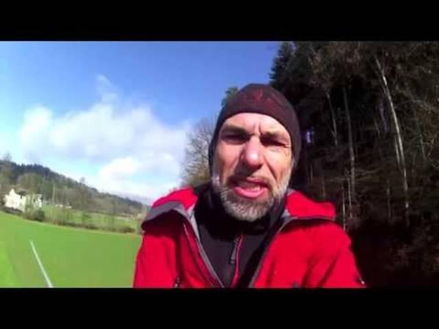 Übers Seil mit der GoPro: Freddy Nock beim Training für seinen nächsten Weltrekord-Versuch in Pontresina.