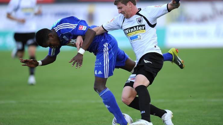Für den FC Aarau wird es ein harter Kampf ums Überleben im Schweizer Spitzenfussball. Foto: Archiv/AWA
