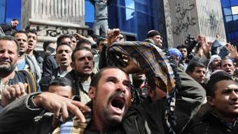Ägypter protestieren gegen die Entführung der 21 Kopten (Archiv)