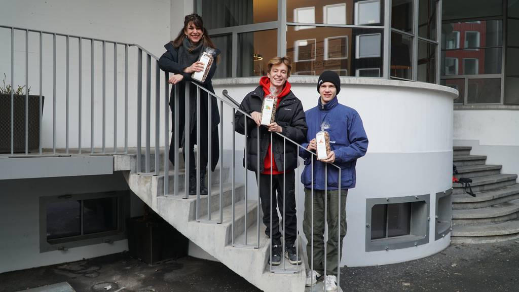 Zürcher Teenies gründen ein Startup und verkaufen Mandelpasta