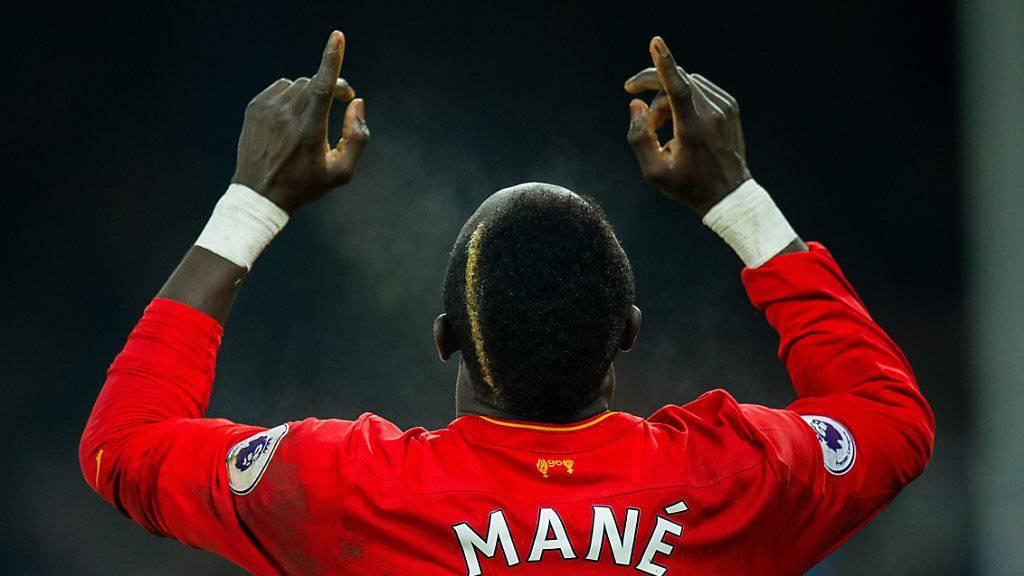 Hier freut er sich noch, am Schluss ärgert es sich: Sadio Mané vom FC Liverpool