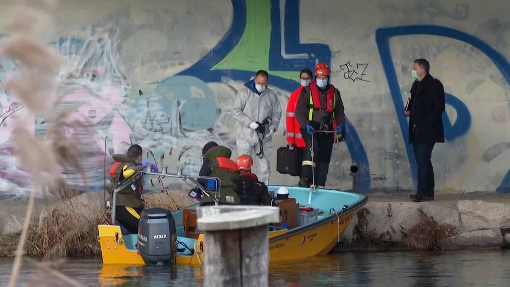 Verbrechen vermutet: Polizei findet Leiche am Limmatufer in Würenlos