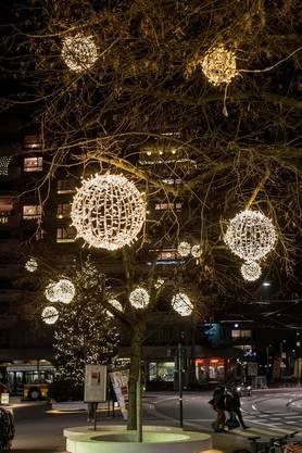 Letztes Jahr sammelte KMU Reinach für Lichtkugeln passend zur neuen Hauptstrasse.