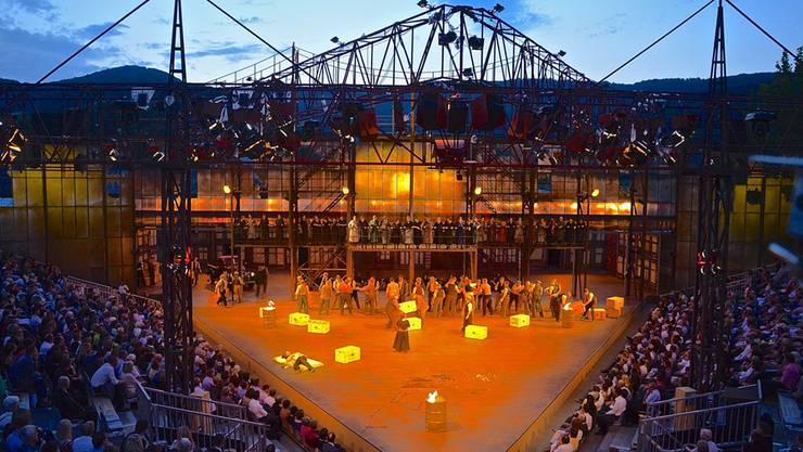 Die Oper Schenkberg: Hier die Inszenierung von Verdis «Il Trovatore».