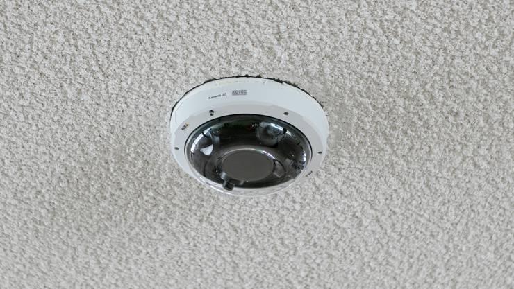 Baden: Die Stadt überwachte die Cordulapassage in Baden unterhalb des neuen Schulhausplatzes monatelang mit 40 Videokameras - ohne Bewilligung. Fotografiert am 22. Juli 2019