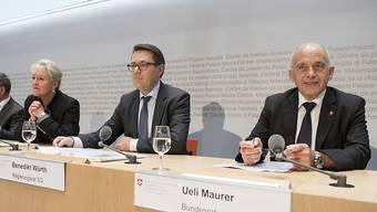 Bundesrat Ueli Maurer und Benedikt Würth, Präsident der Kantonsregierungskonferenz, ziehen an einem Strang: Die Reform des Finanzausgleichs scheint endlich breit abgestützt zu sein.
