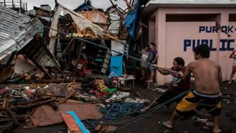 """Taifun """"Kammuri"""" richtete auf den Philippinen unter anderem in der im Osten des Landes gelegenen Stadt Legazpi City schwere Schäden an."""