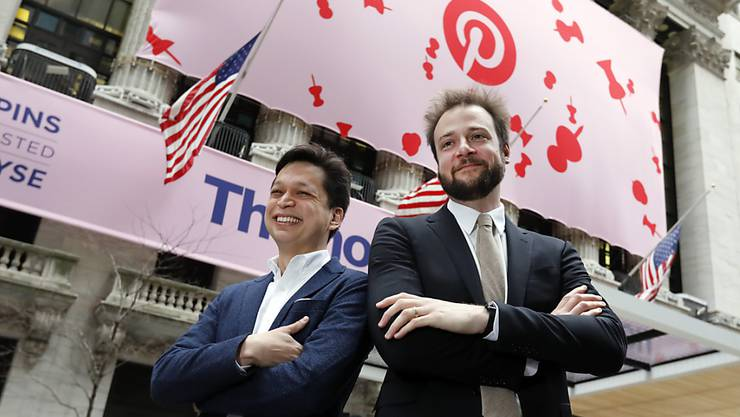 Pinterest-Gründer Ben Silbermann (Links) und Evan Sharp vor dem Börsengang im April in New York. (Archivbild)