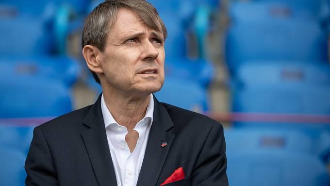 Bernhard Burgener, Präsident und Mehrheitsaktionär des FC Basel, will Anteile am Verein verkaufen.
