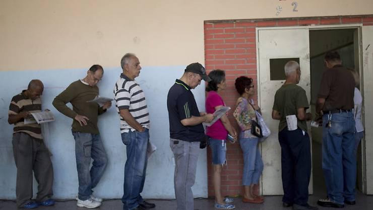 Die Bürger von Venezuela sollen für die Präsidentschaftswahl am 20. Mai an die Urne gehen. (Symbolbild)
