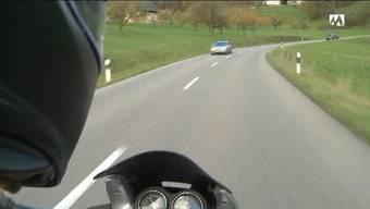 In Freienwil hatte der 22-Jährige ausserorts Tempo 149 drauf.