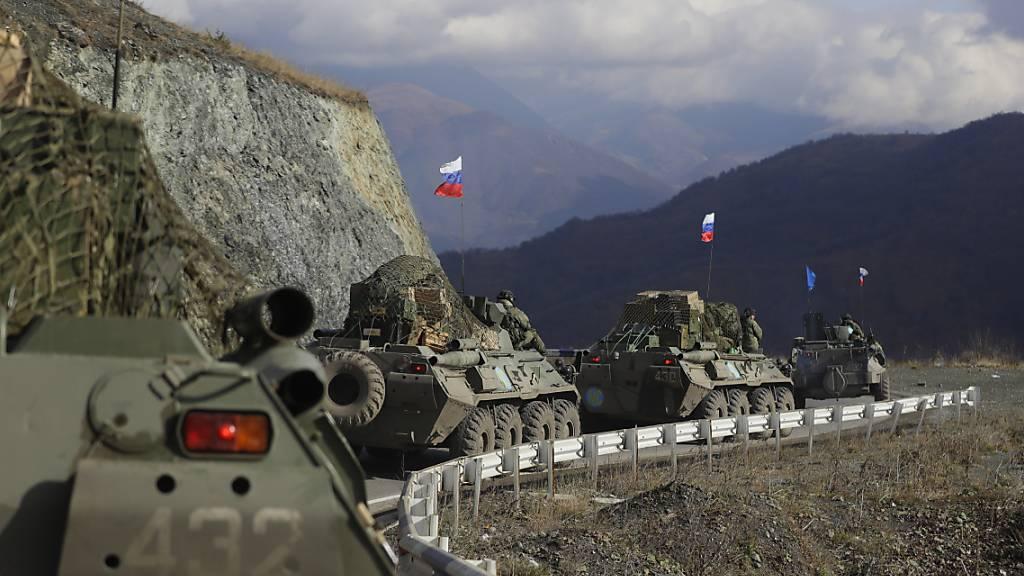 Armenien und Aserbaidschan übergeben getötete Soldaten