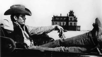 James Dean als Jett Rink in George Stevens' Film «Giant». Für seine Rolle im Film, der 1956 nach Deans Tod herauskam, wurde er postum für einen Oscar nominiert.