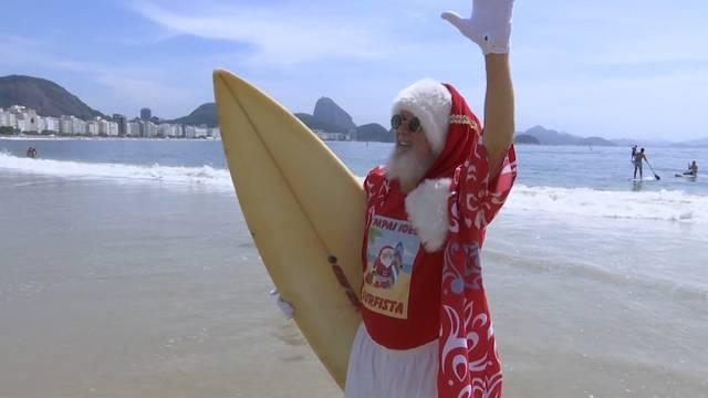 Warum der Weihnachtsmann in Badehosen und Hawaiihemd kommt