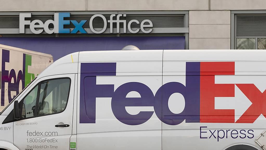 Warnsignal für die Weltwirtschaft: Der US-Logistikanbieter FedEx hat erneut vor rückläufigen Geschäftsresultaten gewarnt. (Archivbild)