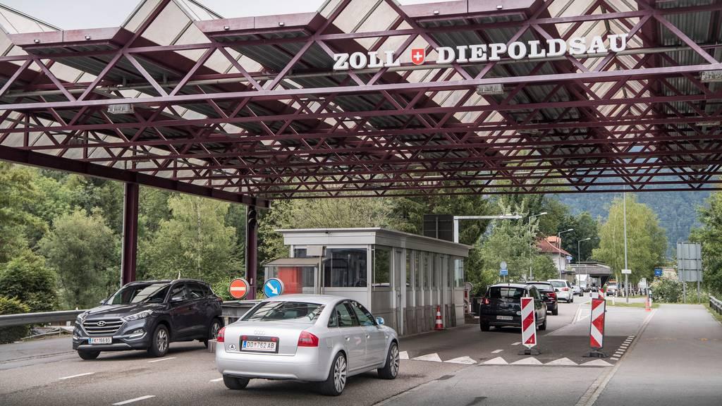 Schweiz hält an Grenzöffnungen am 15. Juni fest