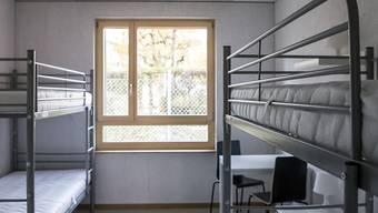 Der Zürcher Sicherheitsdirektor Mario Fehr hat laut der Staatsanwaltschaft in Asylzentren den Schutz vor dem Coronavirus durchaus gewährleistet. (Symbolbild)