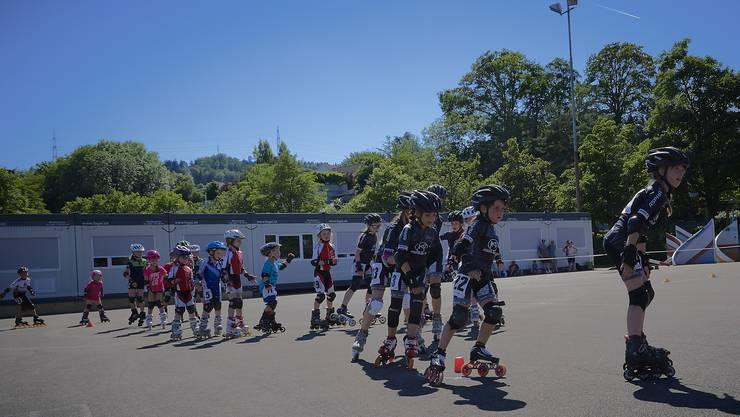 12 Kinder vom Rollsportclub-Liestal zeigten hervorragende Leistungen.