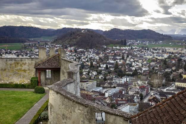 Stimmungsvolle Aussicht vom Schloss.