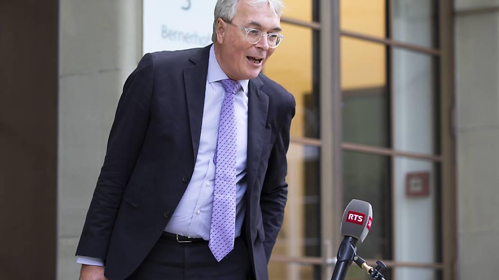 Der Basler Regierungsrat Christoph Brutschin stellt die Forderung nach einer Erhöhung des Härtefallfonds auf über eine Milliarde Franken in den Raum. (Archivbild)