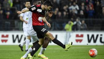 Luca Radice bei seinem Schuss zur zwischenzeitlichen 1:0-Führung für den FCA