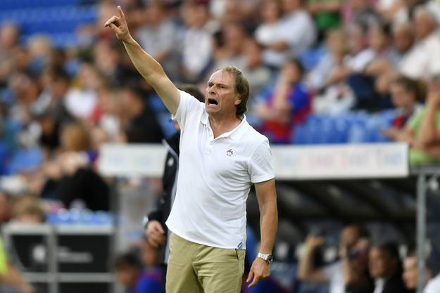 Servette Trainer Alain Geiger will sein Team noch einmal antreiben.