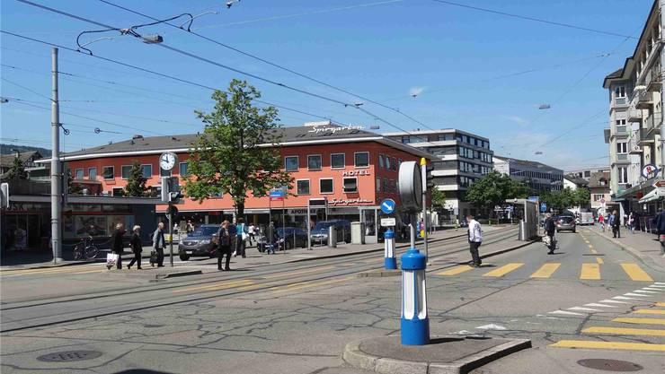 Dereinst soll das 2er-Tram am Bahnhof Altstetten halten und nicht mehr am Lindenplatz. Das ist zu viel für die Alteingesessenen.