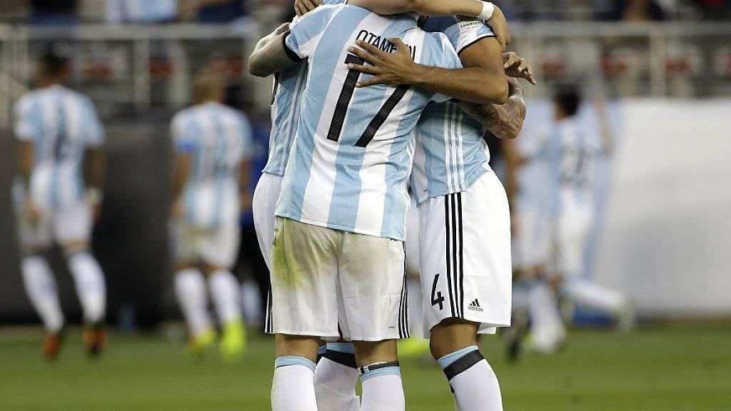 Argentinien gewinnt die Neuauflage des letztjährigen Finals