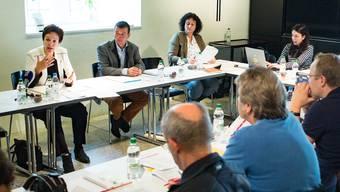 Die Baselbieter Kulturdirektorin Monica Gschwind (ganz links) zieht Bilanz über ihre ersten 100 Tage in ihrem Amt als Vorsteherin der Bildungs-, Kultur- und Sportdirektion.