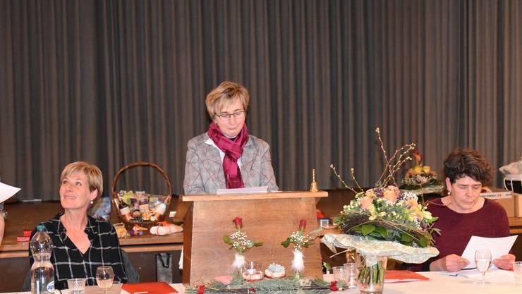 Gaby Kuhn leitet ihre erste Generalversammlung