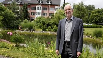 Kurt Blatter im Komplex der Klinik SGM Langenthal
