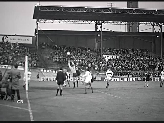 Fussballspiel zwischen dem DWS Amsterdam und dem FC Grenchen im Jahr 1966