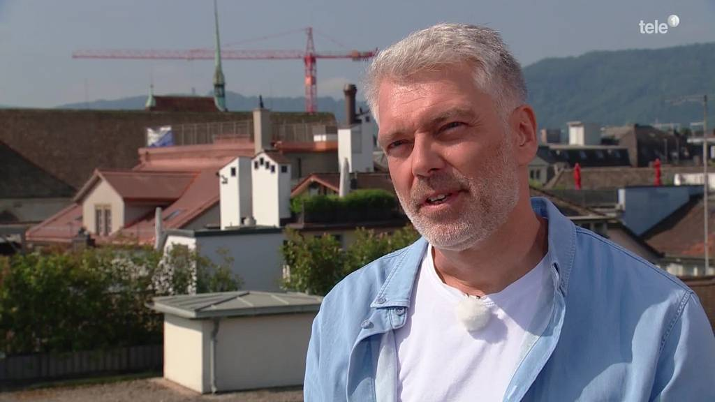 Sandro Brotz, SRF-Arena-Moderator