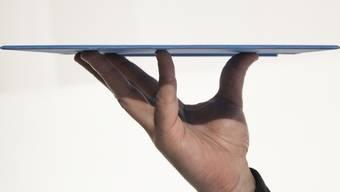 Aufnahme eines Tablet-Computers - ein belgisches Orchster will künftig nur noch Digital-Noten verwenden (Symbolbild)