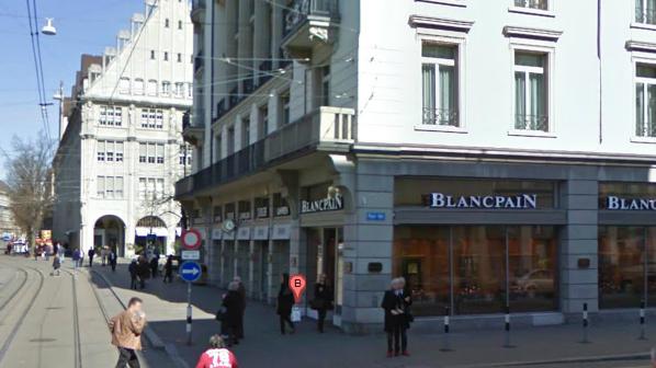 Das Uhren- und Schmuckgeschäft Türler an der Bahnhofstrasse wurde am Samstagmorgen auseraubt