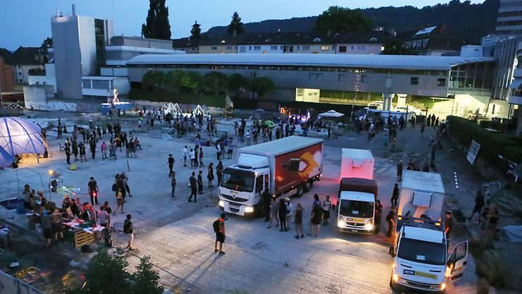 Am besagten Juli-Abend nahmen rund 100 Menschen das Binz-Areal in Beschlag. (Archivbild)