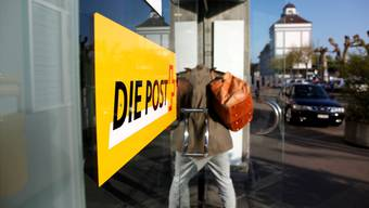 Die Post soll ein dichtes Filialnetz betreiben, fordert die Aargauer Regierung. (Archiv)