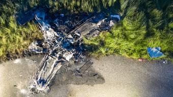 In der Nähe des Flugplatzes Birrfeld ist heute am späten Nachmittag ein Kleinflugzeug abgestürzt.